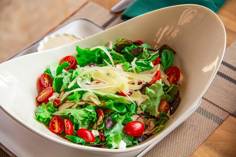 ensalada-verde-con-queso